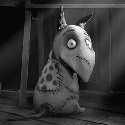 I don't want her in my heart... I want Her here with me! #Frankenweenie #Tim_burton a kids movie with some good animation I seen this I loved it it was spooky and amazing 5 stars~Danyale