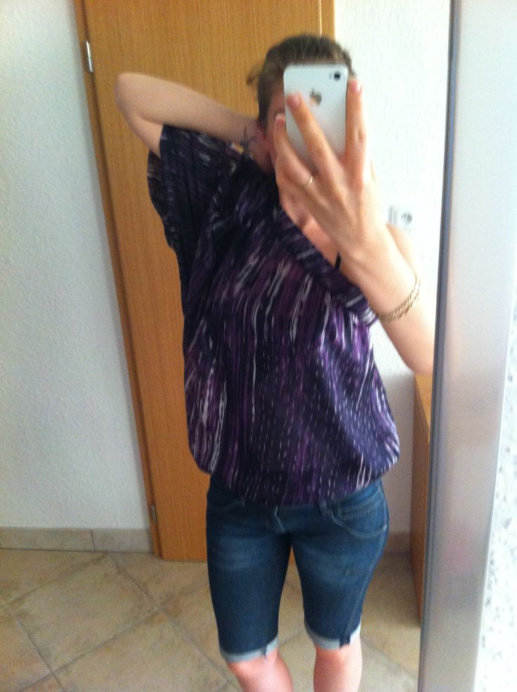 One-arm silk blouse, short jeans. Enjoy yourself