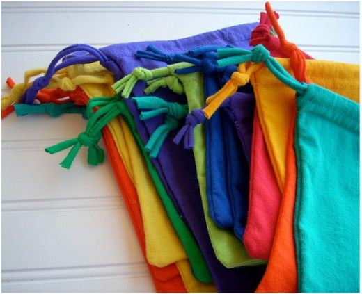 Handy little drawstring bags made with just shirt sleeves!
