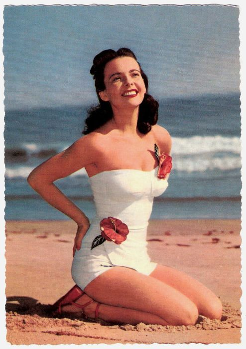 maillots de bain des annees 40 et 50 42   Maillots de bain des années 40 et 50   vintage pin up photo maillot de bain image années 50 années 40