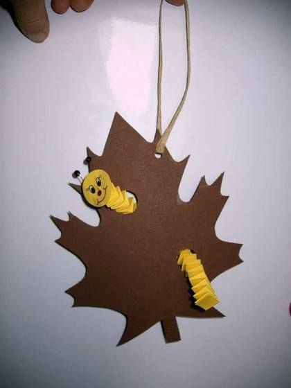 Trace a leaf and make paper warm