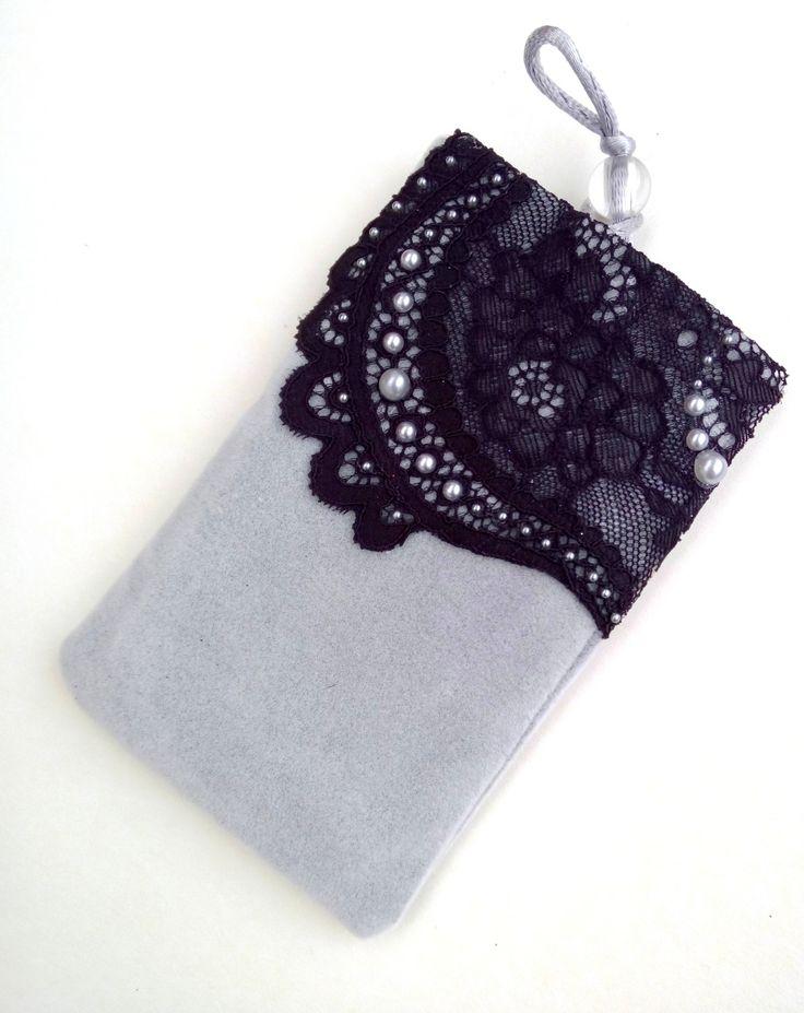 pochette/house/étuis téléphone portable ,mp3 gris à dentelle et perles : Etuis portables par ideemae