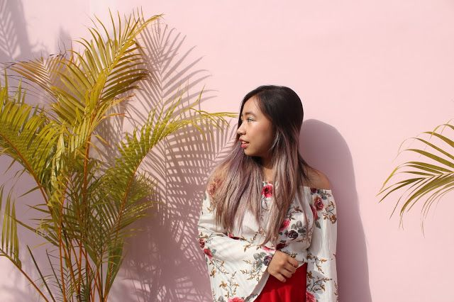 Summer In Bali 2017 featuring the most instagrammable pink walls : Bell Floral and Flare Red (Cabina Bali)