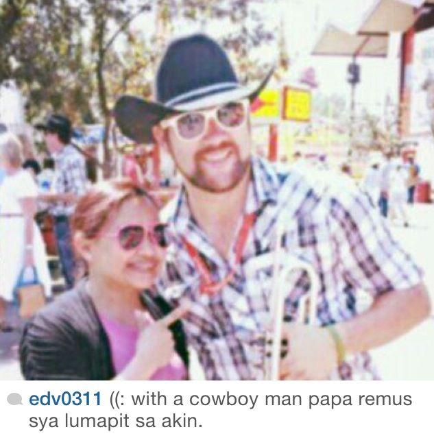 With à cowboy man! Yahoooo!