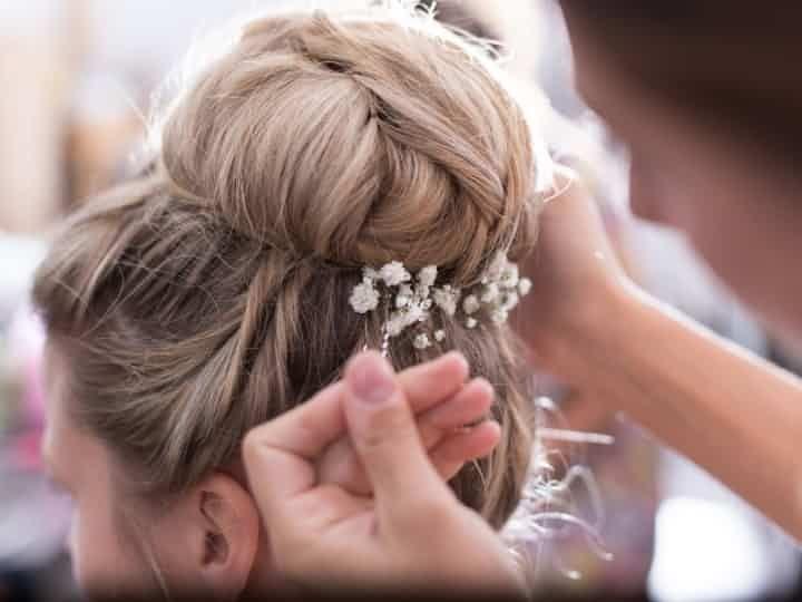 Chignon haut : la coiffure de mariée qui s