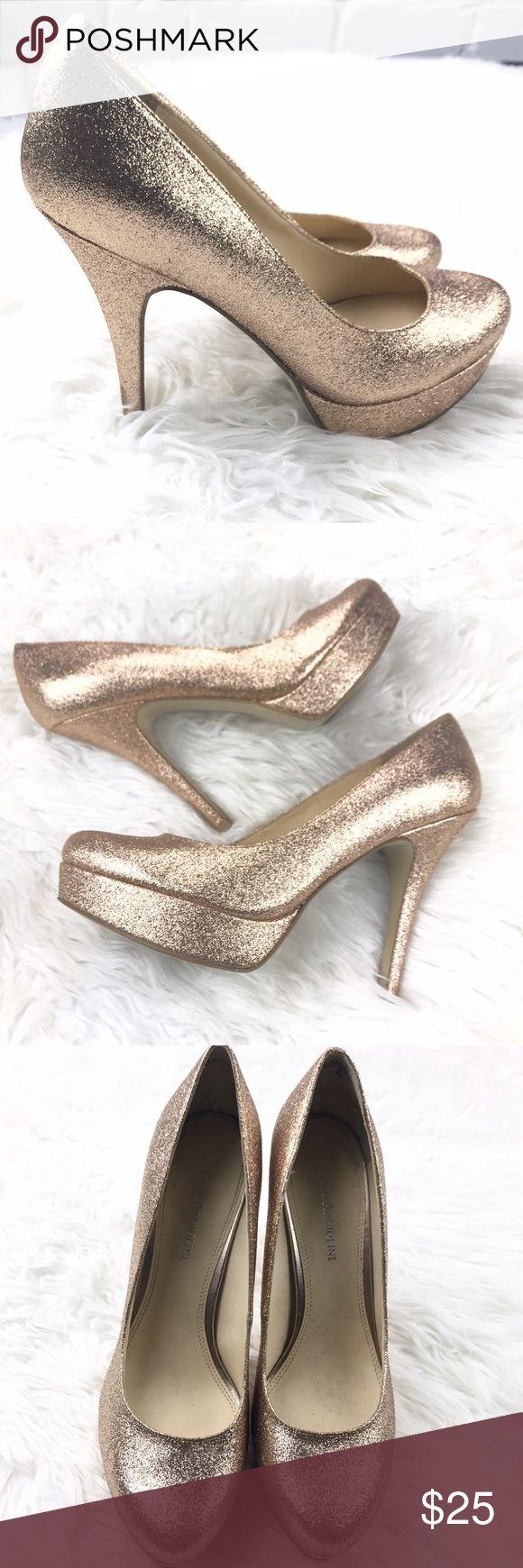 """💕SALE💕Enzo Angiolini Sparkle Gold Stiletto Heels Fabulous 💕Enzo Angiolini Sparkle Gold Stiletto 5"""" Heels Great Condition Enzo Angiolini Shoes Heels"""