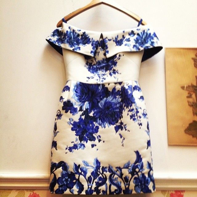 Obsessed with this fabulous little Valentino dress