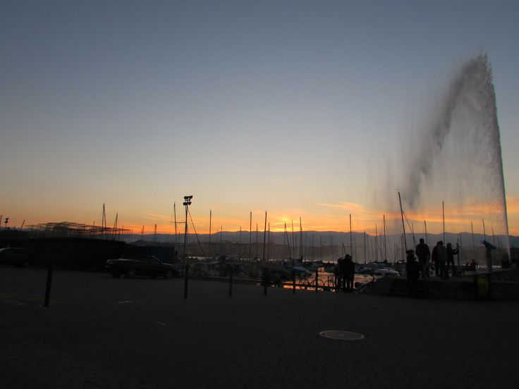 Sun Setting Over Lake Geneva Fountain -This photo is amazing in my opinion, it is full of character and nature too! The boats at the front with the iconic fountain produce a unique picture and with the sunset in the background that brings colour and warmth just makes this photo memorable! The French Alps in the background are just the cherry on top in my opinion!