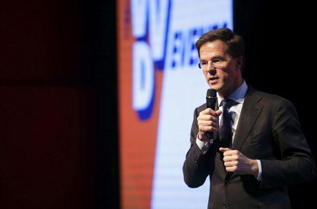 """""""Het feit dat er mensen zijn die op een dag besluiten om ondernemer te worden, om hun nek uit te steken en om risico te nemen, dat zorgt voor zoveel energie in Nederland. Nog los van dat ondernemers verantwoordelijk zijn voor banengroei en voor de welvaart in Nederland, zijn het uiteindelijk al die ondernemers die ervoor zorgen dat we met optimisme naar de toekomst kunnen kijken."""" - Mark Rutte, 28 januari 2015"""