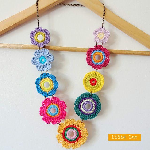 Lidia Luz: Entardecer no verão, colar de crochê                              …