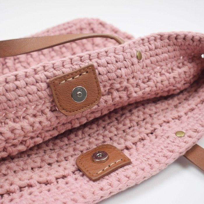 Hobbii Ribbon väska från Hobbii | Virkade väskor, Väskor och