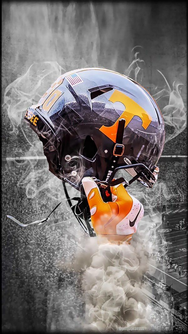 Pin By Mike Erickson On Big Dog In 2020 Football Wallpaper Tennessee Volunteers Football Tennessee