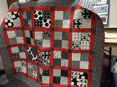 Red Black White Square Quilt Mom Can You Do This For