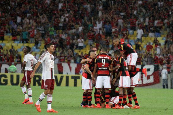 Fluminense x Flamengo Jogo AO VIVO Online - Assistir Fla Flu 2016