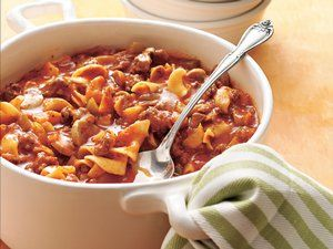Got ground beef? Create a family-pleasing dinner in less than 30 minutes using what's in your cupboard.Beef Recipes, Noodles Recipe, Maine Dishes, Beef Dinner Recipe, Beef And Noodles, Ground Beef Recipe, Groundbeef, Saucy Ground, Favorite Recipe