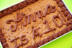 Turned out great & tasted like the American cookie company cookies :) Chocolate chip Cookie Cake
