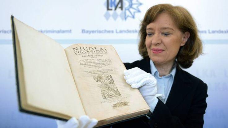 'Miljoenendiefstal antieke boeken op Mission Impossible-achtige wijze'    NOS