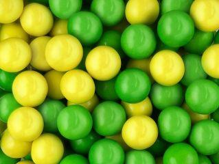 Жев. резинка RUSGUM Кислое яблоко 20 мм. 5*400 штук Артикул: 205415 Описание: Жевательная резинка российского производства. Диаметр 20 мм. Цвет: Желтый, Зелёный (бок красный), Зелёный. Вкус: Яблоко.
