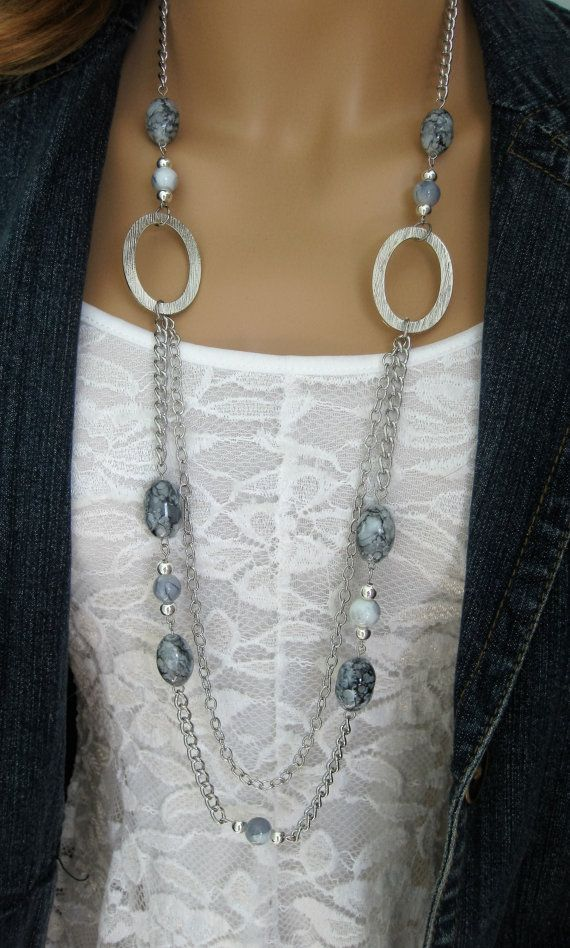 Long Grey Chunky Beaded Necklace Multi Strand por RalstonOriginals