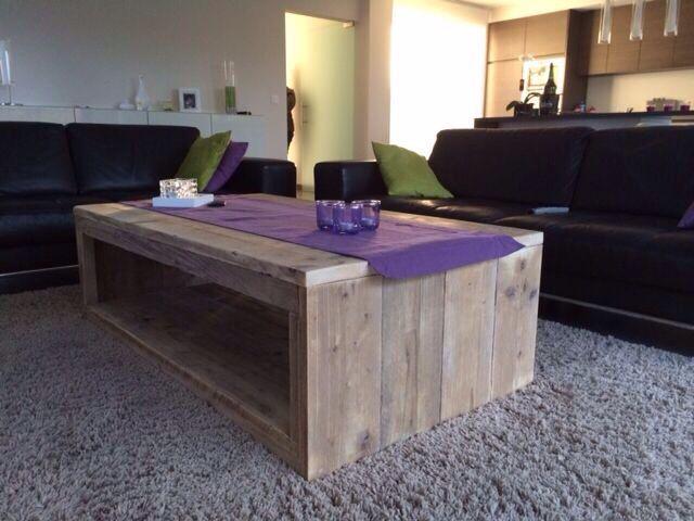 Zelfgemaakte salontafel