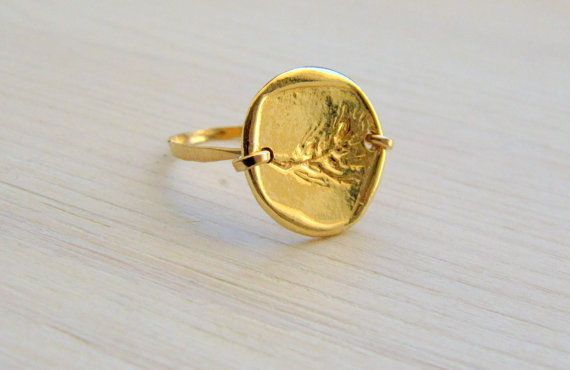 Gold coin ring . Gold leaf ring . Elegant gold ring . by LirLir, $45.00
