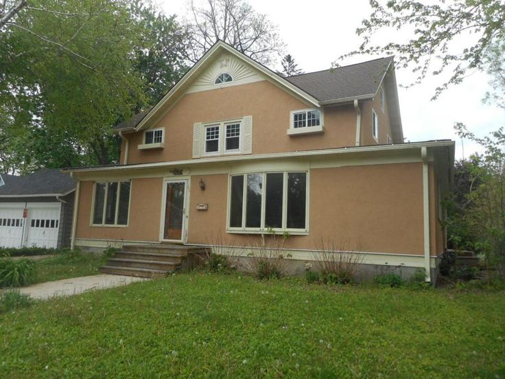 (METROMLS) For Sale: 3 bed, 1.5 bath, 2404 sq. ft. house located at 111 N Park St, Oconomowoc, WI 53066 on sale now for $189,900. MLS# 1530317. Located one block from Lac Labelle this large 1920's property is...