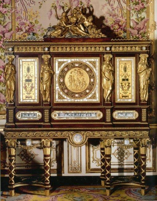 mueble para guardar joyas de Maria Antonieta ___Versailles