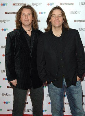 Alan Doyle and Bob Hallett at event of The 35th Annual Juno Awards (2006)