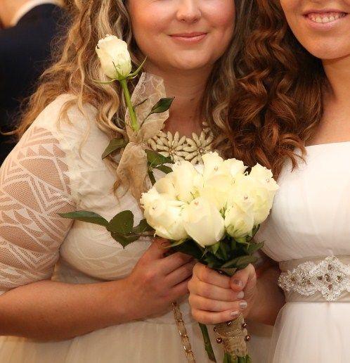 Svatební kytice a kytice pro družičku, bílo-cappuccino styl / Květiny Fleurs #wedding #flower