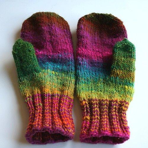 noro mittens called camera mittens free pattern---note the hole to get trigger finger free!