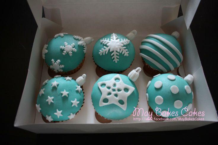 Christmas ornaments cupcakes