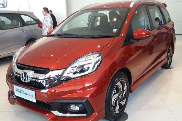 Honda Mobilio kini tampil dgn perbaikan pada desain interior terbaru yang tampil semakin menawan