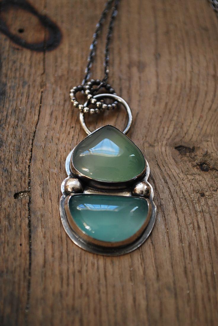 Collier pendentif talisman argent massif et cabochons d'onyx vert d'eau : Collier par lili-marlowe