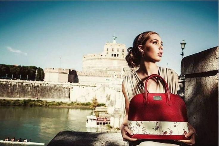 Kimono anni '60 per le borse in pelle riciclata - Corriere.it
