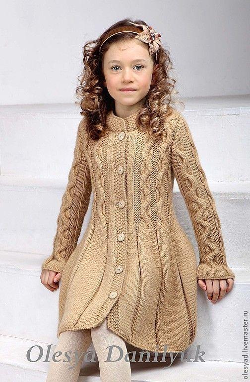 Купить Пальто для девочки - пальто для девочки, вязаное пальто, вязание спицами, пальто с косами