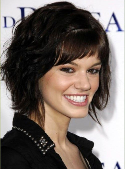 Short layered haircut for thick wavy hair #hairstylesforthickhair