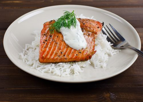 Salmon on Rice with Dill Sauce