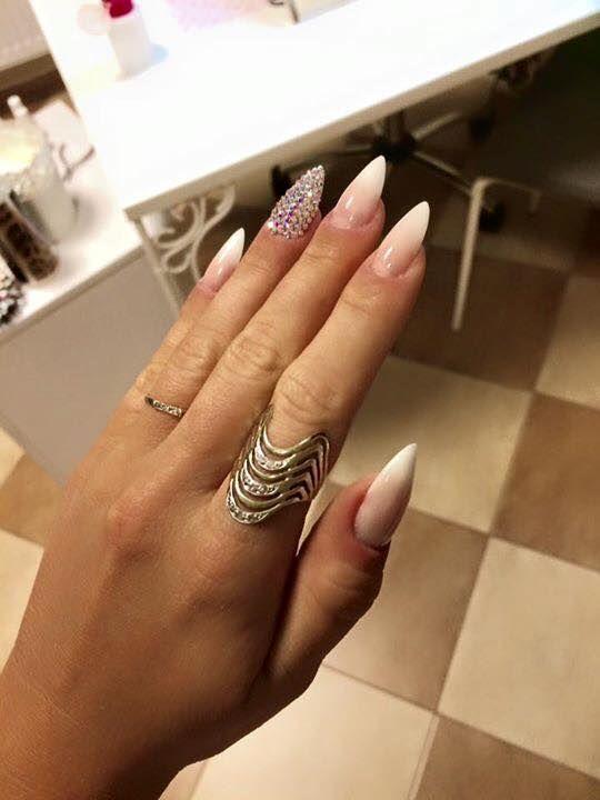 Akrylowy Babyboomer - Fashion White + Cover no.3 by Kasia Stachura, Indigo Young Team #nails #nail #boomer #baby #ombre #nude #white #french #swarovski