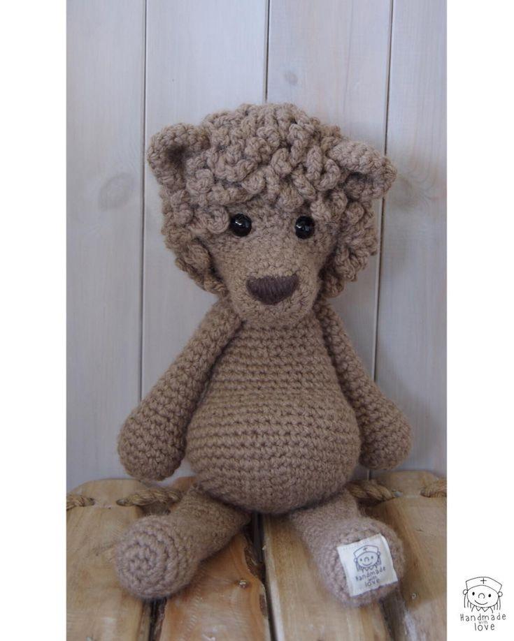 "118 Likes, 5 Comments - Shelfiehugs...crochet animals (@shelfiehugs) on Instagram: ""Roooooar!!!!! #lion #amigurumi #crochet #crochetamigurumi #memorymaker #keepsake #photoprops…"""