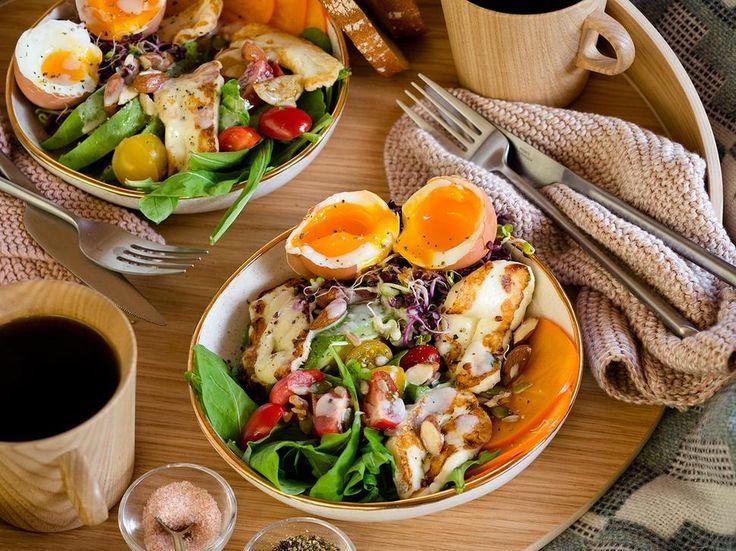 Breakfast Salad Recipe with Tahini Dressing - Viva