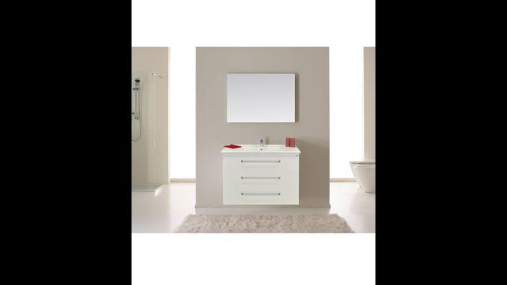 Badmeubelserie Q10: Design en toch ook praktisch! Een badmeubel die luxe uitstraalt, maar u wilt ook opbergruimte! Deze serie is er in de uitvoering met twee of drie lades. Combineer met kolomkasten, een design spiegel en/of een spiegelkast en creëer een opvallende invulling van uw badkamer. Heeft u minder ruimte, alleen al een derde lade zorgt voor 60% meer opbergruimte! Het meubel is voorzien van een design keramische wastafel, chromen grepen en Blum soft-close, zelfsluitende lades.