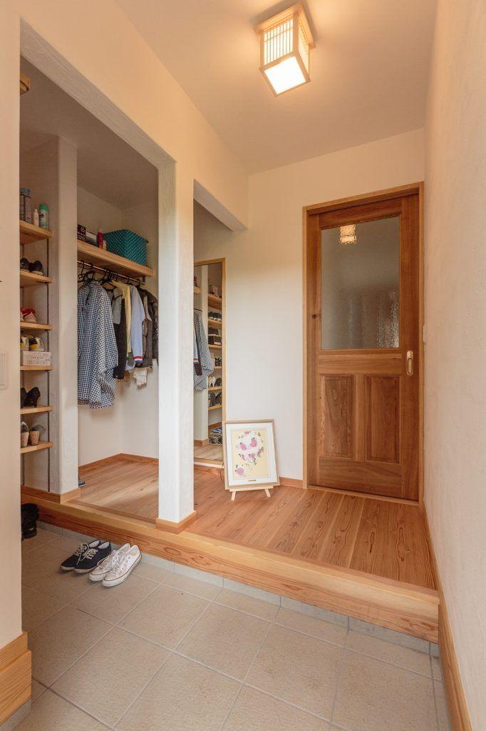 【アイジースタイルハウス】玄関。大容量のシューズクロークでスッキリとした玄関
