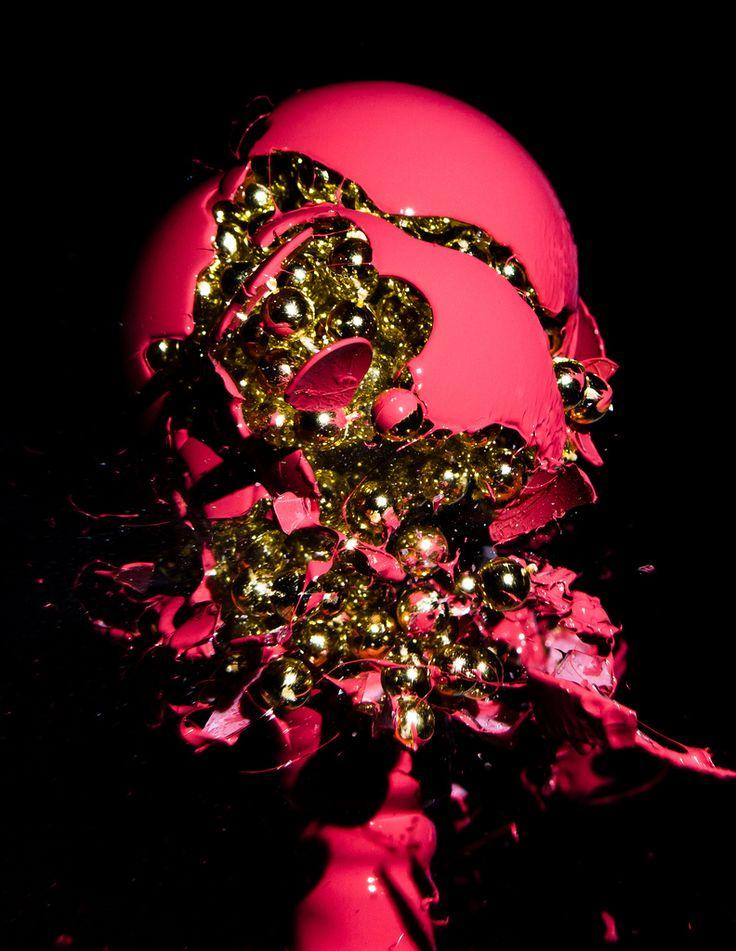 Beautiful light bulb explosions « Flickr Blog