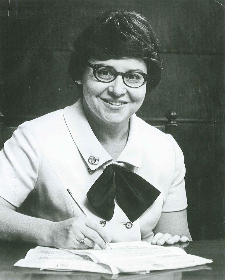 Harriette Yeckel, Zonta International President 1972-1974, passed away on Saturday, 5 January.  Harriette was introduced to Zonta as the recipient of a scholarship from the Zonta Club of Denver and was subsequently invited to join Zonta, an organization she served for more than 50 years.