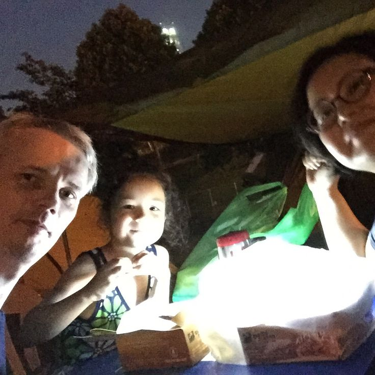 #Camping by the Han river in #Seoul with the #family