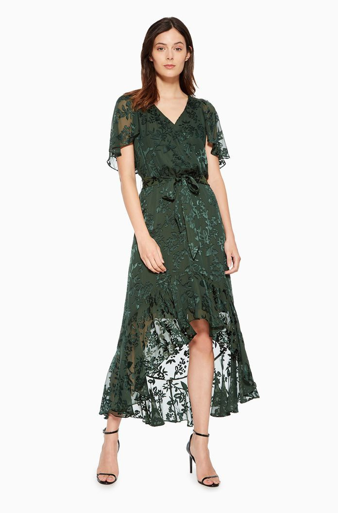 25 Beautiful Dresses To Wear As A Wedding Guest This Fall Wedding Guest Outfit Fall Fall Wedding Guest Dress Wedding Guest Dress