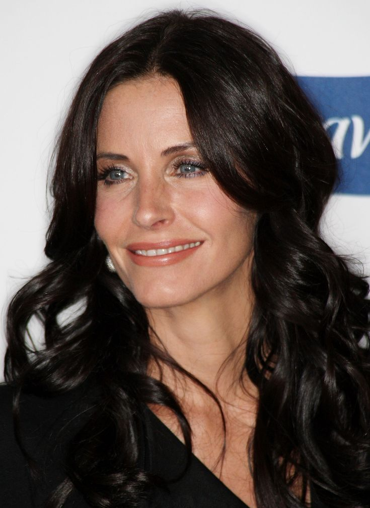 aAfkjfp01fo1i-23232/loc1016/23403_Courteney_Cox_arrives_at_Glamour_Reel_Moments-022_122_1016lo.jpg