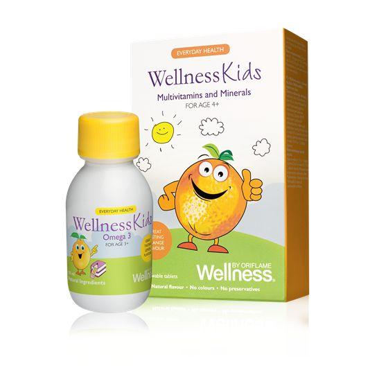 Multiwitaminy i minerały WellnessKids dla dzieci – suplement diety Połączenie 13 witamin i 8 minerałów dla dzieci w wieku powyżej 4 lat. Tabletki do żucia z naturalnym, pomarańczowym aromatem. Dzieci w wieku 4-9 lat jedna tabletka dziennie. Dzieci w wieku powyżej 10 lat dwie tabletki dziennie.