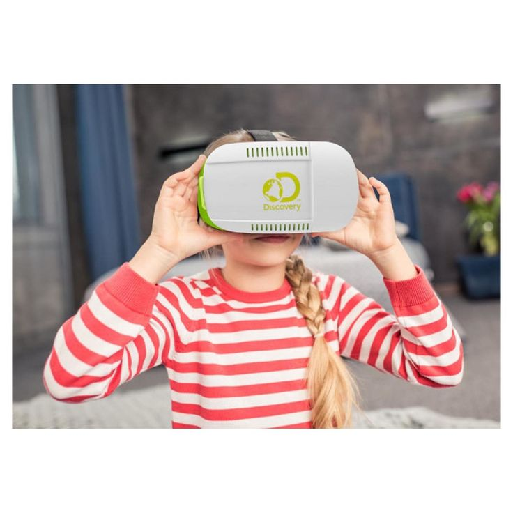 This Discovery Kids Virtual Reality Headset is perfect for any junior adventurer transporting them to amazing new places while sparking their curiosity. Just place any smartphone (either iOS or Android) in the sliding phone compartment and watch either the custom Discovery content, like Shark Week or Everest Rescue, or any virtual reality content available on YouTube or other apps in stunning 360-degrees! Let your adventurer immerse themselves in this fascinating new world, with something…
