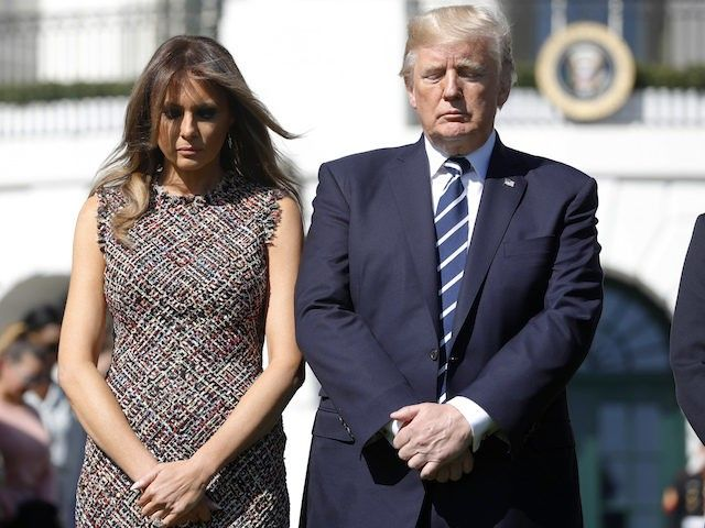 Donald Trump and Melania Trump Lead Moment of Silence and Prayer for Las Vegas Shooting Victims - Breitbart